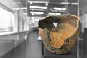 Pot de stockage en céramique modelée